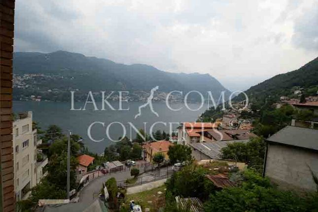 Thumbnail Apartment for sale in Lakeview Apartment, Blevio, Como, Lombardy, Italy