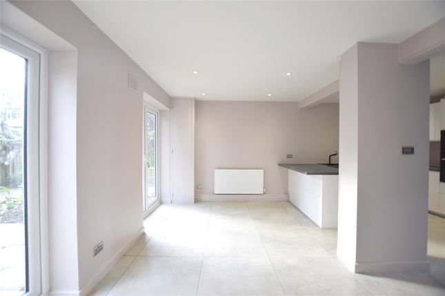 Thumbnail Terraced house to rent in Walkerscroft Mead, London