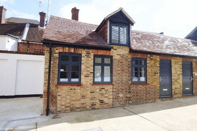 Thumbnail Bungalow for sale in Elm Road, Leatherhead