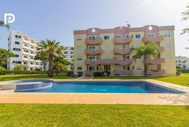 3 bed apartment for sale in Vilamoura, Algarve, Portugal
