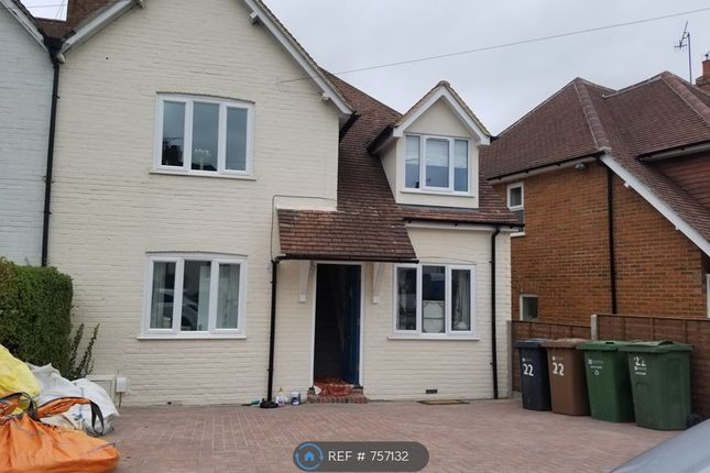 Thumbnail Semi-detached house to rent in Raymond Crescent, Guildford