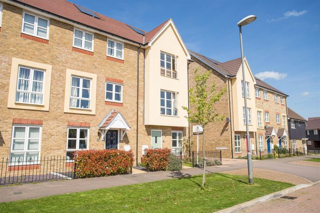 3 bed town house for sale in Gwendoline Buck Drive, Aylesbury