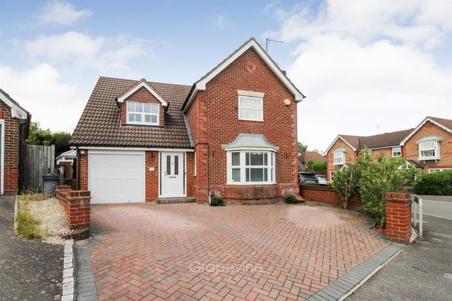 Thumbnail Detached house for sale in Balme Close, Charvil, Reading