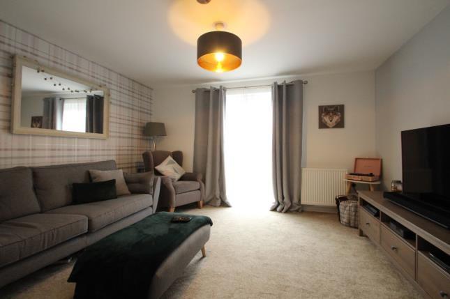 Lounge of Ravenscliff Road, Motherwell, North Lanarkshire ML1