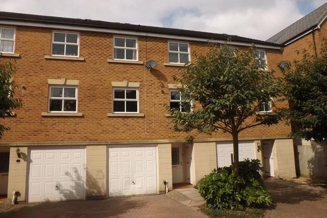 Thumbnail Property to rent in Wren Close, Stapleton, Bristol