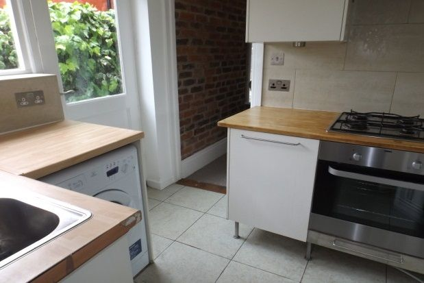 Thumbnail Property to rent in Bradford Road, Southsea
