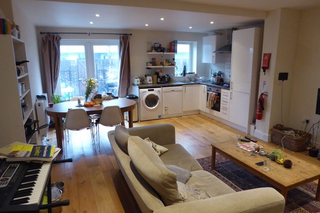 Thumbnail Terraced house to rent in Almond Close, Peckham, London