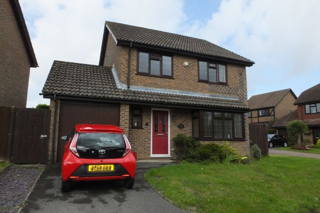 Thumbnail Detached house to rent in Ellis Way, Uckfield