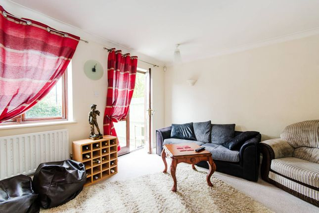 2 bed property for sale in Harwood Close, Wembley