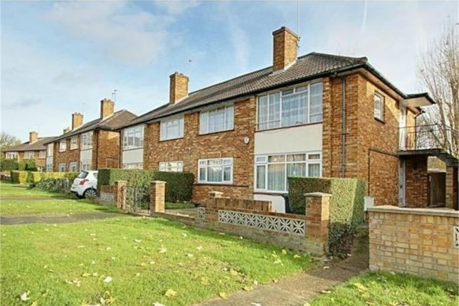 2 bed maisonette to rent in Bangor Close, Northolt, Greater London