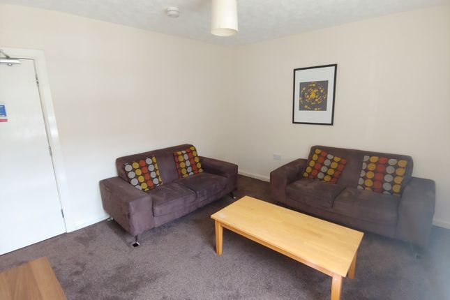 Thumbnail Flat to rent in St John Street, Stirling Town, Stirling