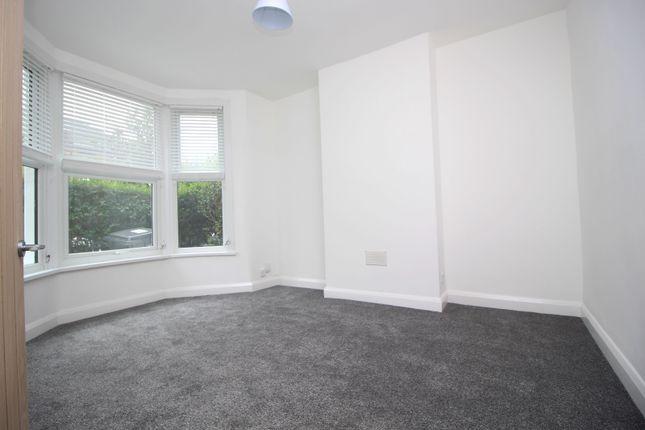 Thumbnail Flat for sale in Brunswick Road, London