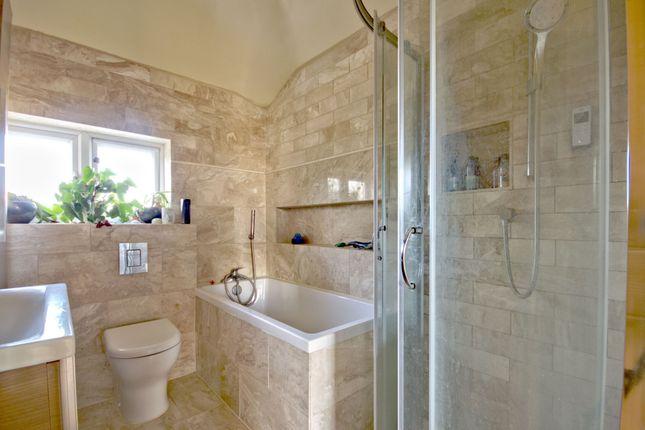 Bathroom of Kendal Way, Cambridge CB4