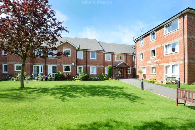 Thumbnail Flat for sale in Manor Road North, Hinchley Wood, Esher