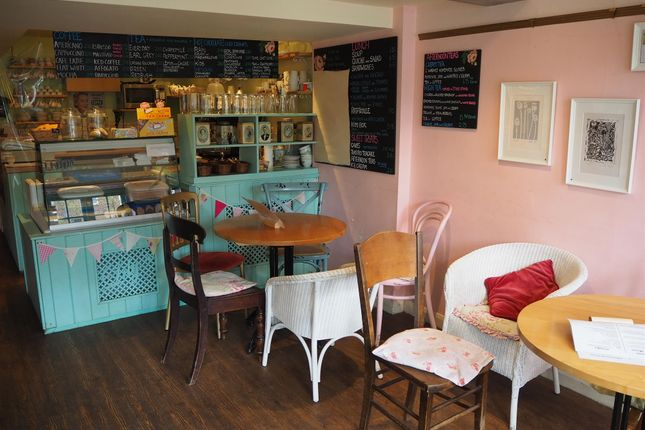 Thumbnail Restaurant/cafe for sale in Cafe & Sandwich Bars OX10, Dorchester-On-Thames, Oxfordshire