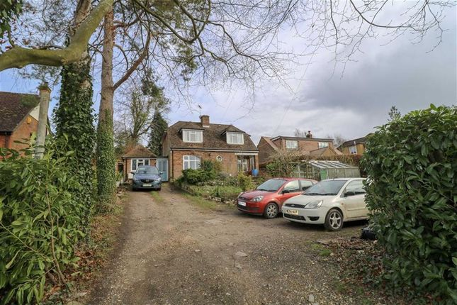Thumbnail Detached bungalow for sale in Dunny Lane, Chipperfield, Kings Langley