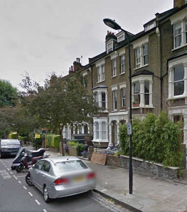 Thumbnail Maisonette to rent in 33 Courthope Road, Hampstead, London