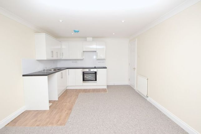 Thumbnail Flat to rent in Doveshill Crescent, Bournemouth