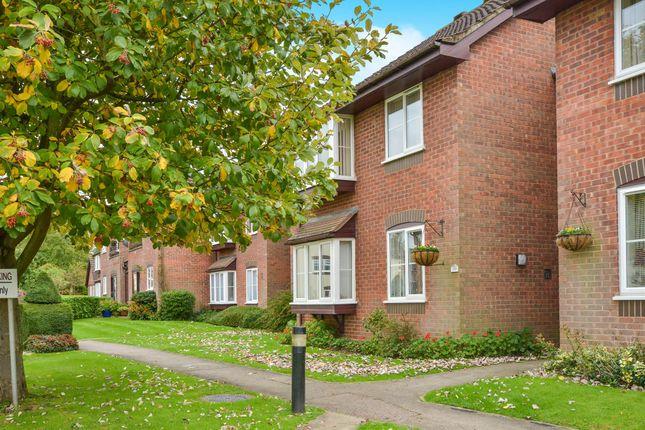 Thumbnail Flat for sale in Eleanor Walk, Woburn, Milton Keynes