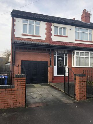 Thumbnail Property to rent in Roslyn Road, Stockport
