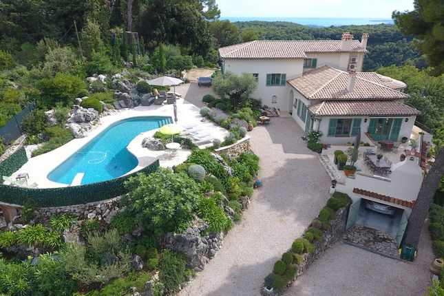 Villa for sale in Vence, French Riviera, France