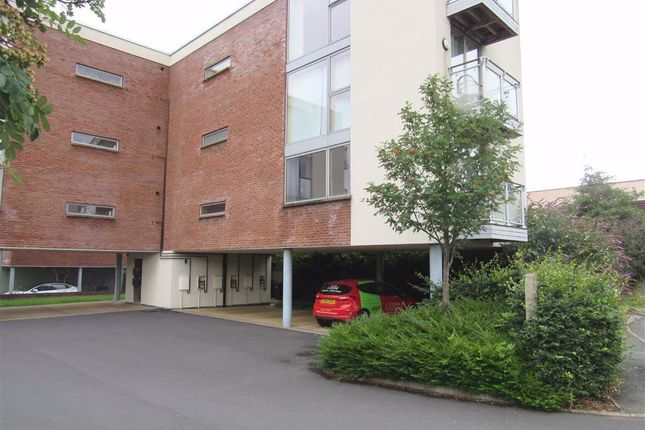 2 bed flat to rent in The Carriages, Oswestry, Shropshire SY11