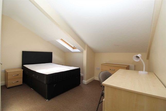 Thumbnail Maisonette to rent in The Archer, Apartment B, Archer Terrace, Plymouth