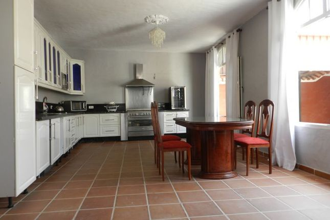 Thumbnail Country house for sale in Valle San Lorenzo, Tenerife, Spain
