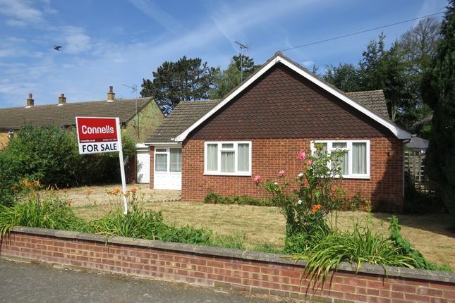 Thumbnail Detached bungalow for sale in Gosling Avenue, Offley, Hitchin