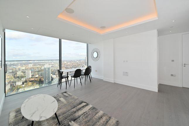 Thumbnail Flat to rent in Carrara Tower, Bollinder Place, City Road, Islington, London