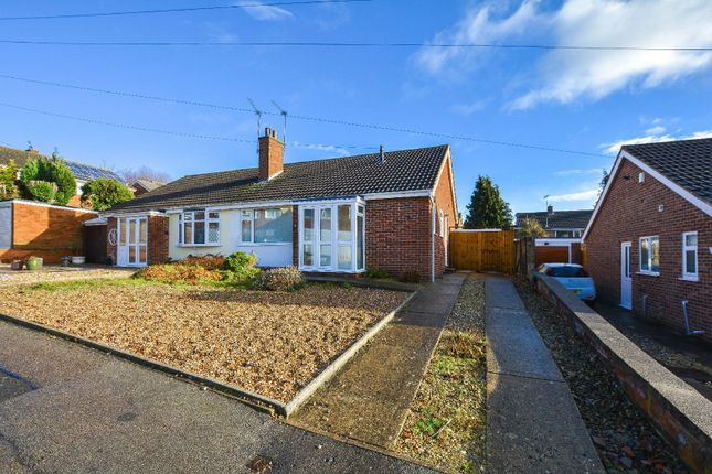 2 bed bungalow to rent in Dart Close, Oadby, Leicester LE2
