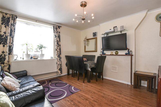 2 bed flat for sale in Highbury Estate, London