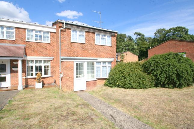 Thumbnail Detached house to rent in Stapleton Road, Orpington, Kent