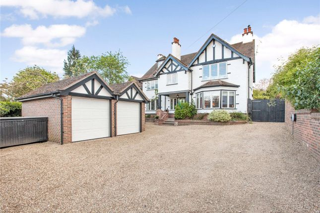 Thumbnail Detached house for sale in Braywick Road, Maidenhead, Berkshire