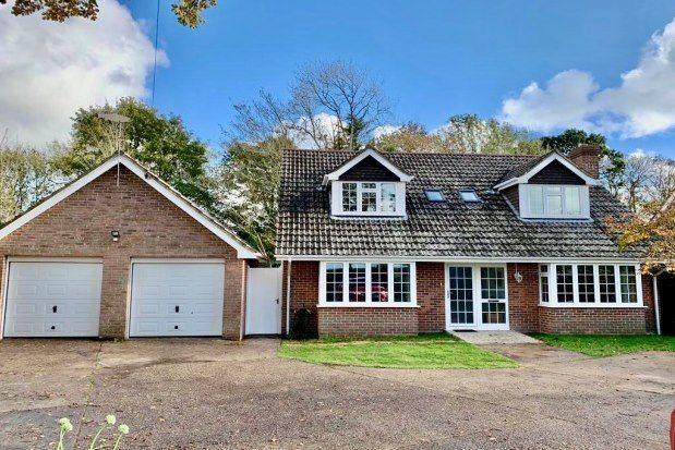 Thumbnail Cottage to rent in Main Road, Brockenhurst