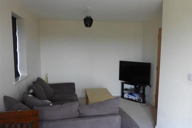 Living Room of Twickenham Close, Swindon SN3