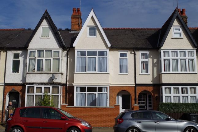 Thumbnail Shared accommodation to rent in Kingsthorpe Grove, Northampton