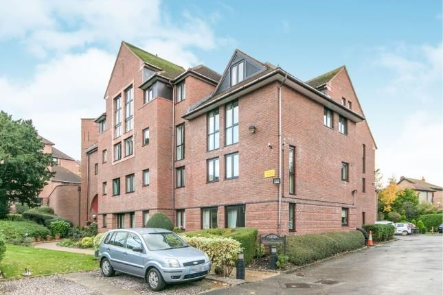 Thumbnail Property for sale in Cwrt Bryn Coed, Coed Pella Road, Colwyn Bay, Conwy