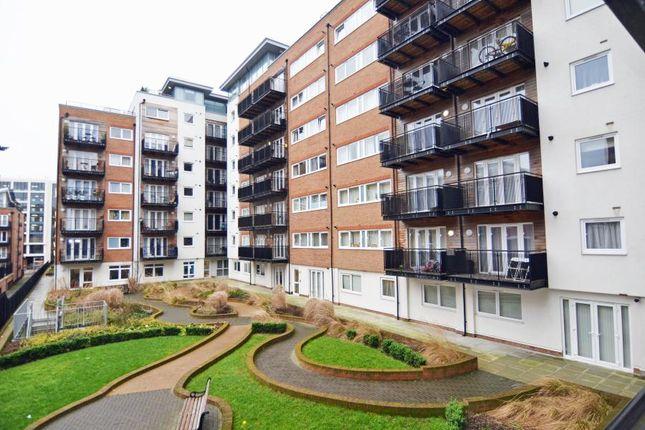 Thumbnail Flat to rent in Skerne Road, Kingston Upon Thames
