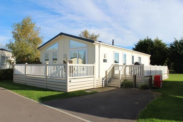 Thumbnail Mobile/park home for sale in Breydon Waters, Butt Lane, Burgh Castle
