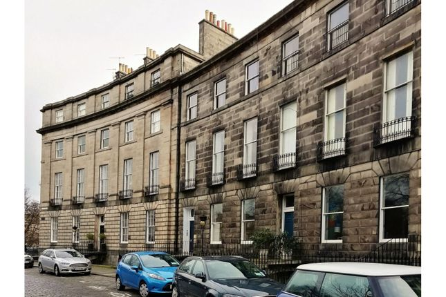 Thumbnail Flat for sale in Royal Circus, Edinburgh
