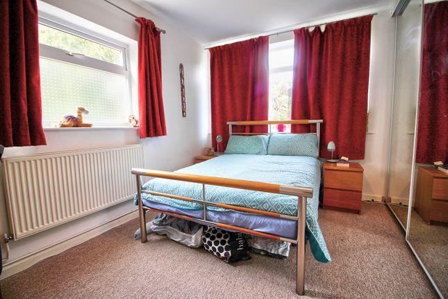 Master-Bedroom of Mowbray Drive, Tilehurst, Reading RG30