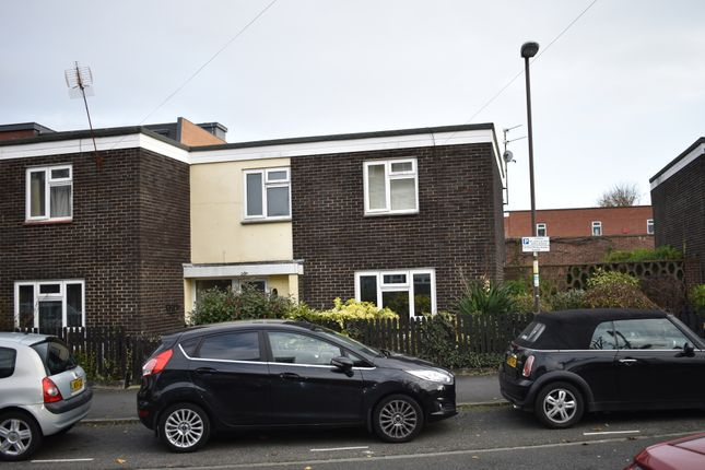 Thumbnail Terraced house to rent in Middle Street, Southsea