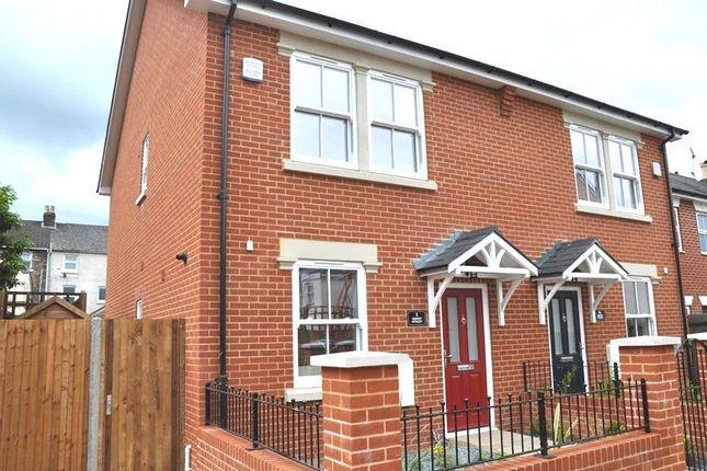 3 bed property to rent in Sidney Street, Salisbury SP2