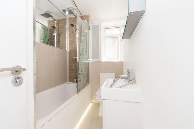 Bathroom of Penfold Street, Marylebone, Central London NW8