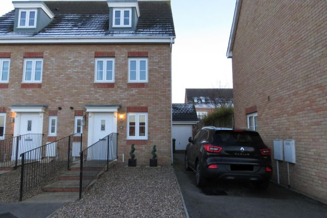 Thumbnail Property to rent in Corfe Close, Corby