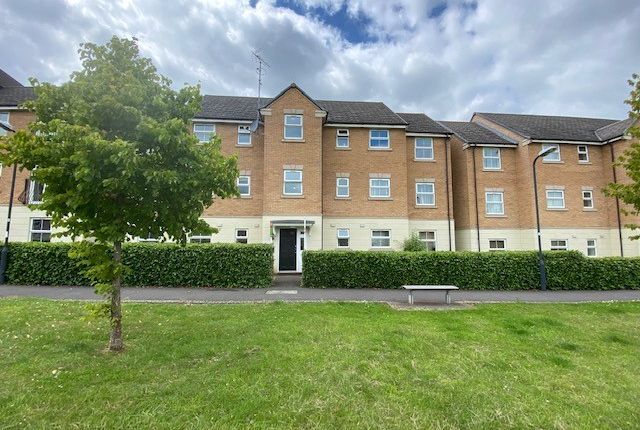 Thumbnail Flat to rent in Flaxdown Gardens, Rugby