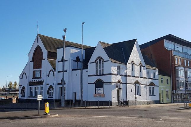 Thumbnail Commercial property for sale in 168/170 Victoria Street South, & Upper Burgess Str, Grimsby
