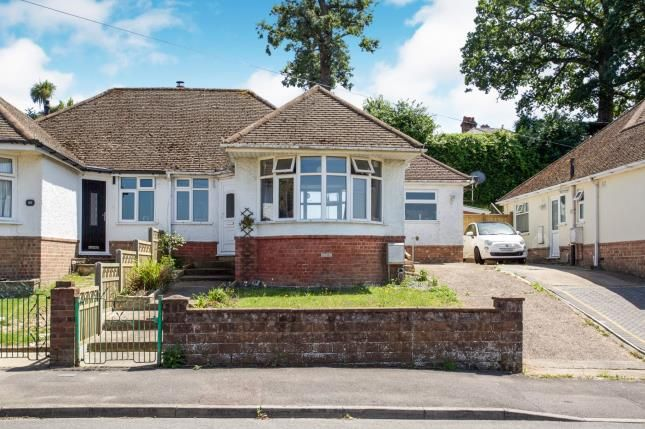 Thumbnail Bungalow for sale in Southampton, Hampshire, Na