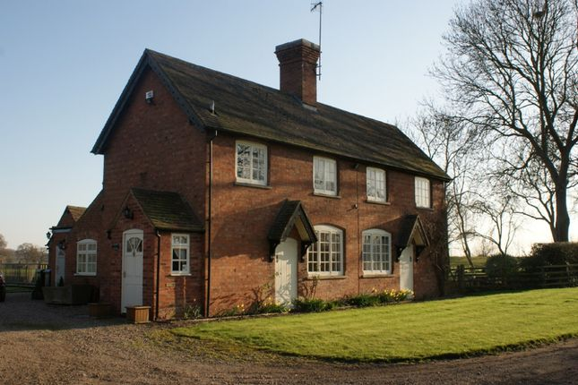 Thumbnail Detached house to rent in Hunscote Lane, Wellesbourne, Warwickshire